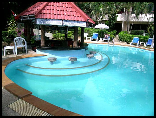 Swiss palm beach hotel patong beach thailand - Palm beach pool ...